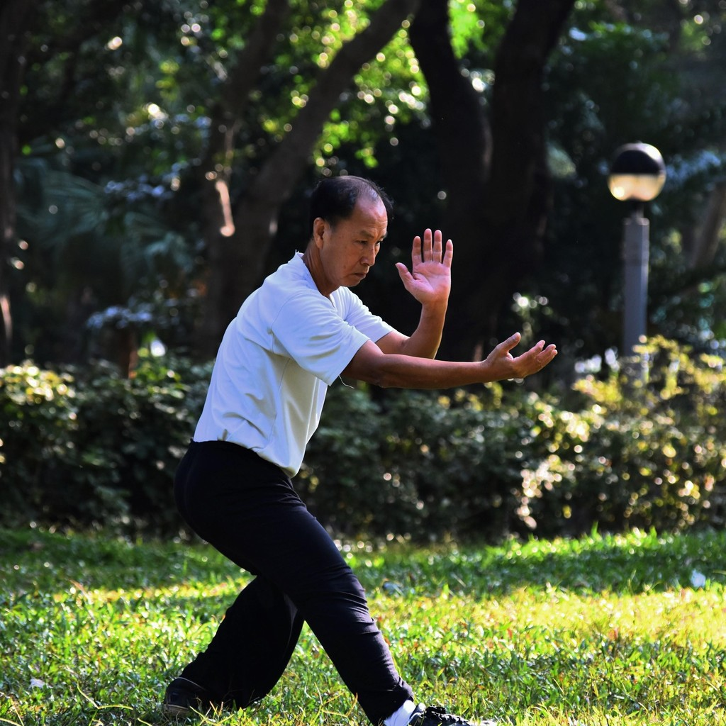 Tai Chi to ease neck and shoulder pain
